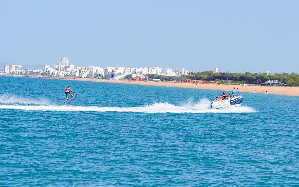 water skis wakeboarding watersports albufeira